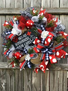 Wreaths For Front Door, Door Wreaths, Nurse Wreath, Holiday Crafts, Holiday Decor, Creative Box, Care Worker, Patriotic Wreath, Wreath Crafts