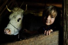 Romania phot by Vlad Dumitrescu City People, 3 Kids, Country Life, Romania, Cow, Childhood, Face, Photography, Animals