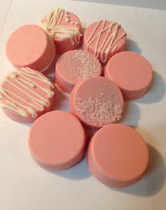 Pretty Pink Best Chocolate Covered Oreos  Awesome gift idea or dessert for baby showers, bridal showers, bachelorette parties, princess parties and more...