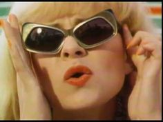 SunGlasses by Tracey Ullman Female Comedians, Tracey Ullman, 80s Pop, Four Eyes, Music Humor, Top 40, New Job, Pop Music, Music Videos