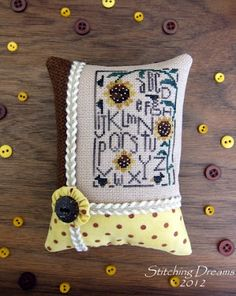 """Heart in Hand """"Sunflower Sampler"""" ~ stitched by Carol: Stitching Dreams"""