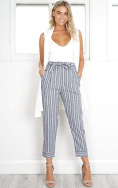Tie Front Split Trouser in Stripe - Navy/white stripe Forever New