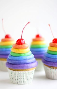 oh the places you'll go rainbow cupcakes