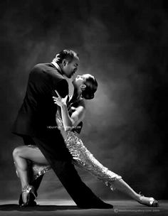 Dance the tango in Argentina and Shall We Dance, Just Dance, Dance Like No One Is Watching, Dance Movement, Argentine Tango, Dance Poses, Ballroom Dancing, Swing Dancing, Dance Pictures