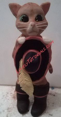Gumpaste (fondant, polymer clay) Puss in Boots figure making tutorial