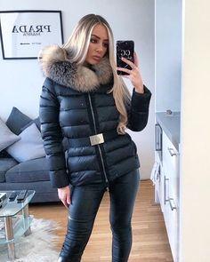 Moncler, Puffer Jackets, Winter Jackets, Fur Collars, Hoods, Sexy Women, Jackets For Women, Selfie, Club