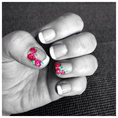 French tips with flowers