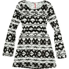 Add some style to your day with the Element Ava long-sleeve Dress. The above-knee length and all-over print are fun with a hint of the mischievous, and woven labeling adds class.