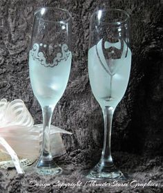 Frosted Bride and Groom Wedding Etched Champagne Flutes Toasting Glasses Gift Set