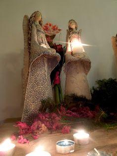 EVA PIKARTOVÁ: 2015 Slab Pottery, Ceramic Pottery, Pottery Art, Pottery Sculpture, Sculpture Clay, Life In Pieces, Clay Angel, Paper Clay Art, Ceramic Angels