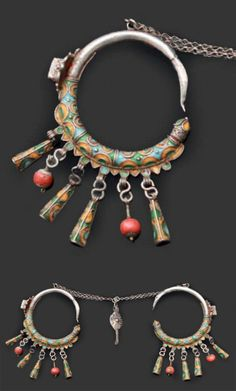 Morocco | Pair of 'douwah' temple pendants (earrings) from Tiznit | Silver, enamel and glass paste and coral | Est. 300-400 € (Feb '13)