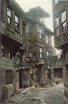 An old Istanbul street and wooden houses from the . - Sadıkin - - An old Istanbul street and wooden houses from the . Abandoned Houses, Abandoned Places, Old Houses, Wooden Houses, Old Pictures, Old Photos, Turkish Architecture, Landscape Architecture, 19th Century London
