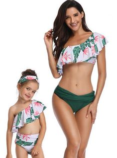 Mother daughter swimwear mommy and me swimsuit family matching outfit clothes mom baby bikini mama look Floral high waist summer Mom And Baby Dresses, Mommy And Me Outfits, Mommy And Me Swimwear, Baby Bikini, Bikini Set, Bikini Girls, Bikini Outfits, Matching Family Outfits, Matching Clothes