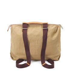 QWSTION - SIMPLE ZIPTOTE - ORGANIC CAMEL - We've always liked simple holdalls, but also the comfort of a backpack when carrying some weight. Our new Simple Ziptote offers both. With a volume suited for daily use, an outside and some inside pockets and our Simple-Strap-System®, you get lots of versatility with classic style. The ultra convertible bag! Artistic Installation, Convertible, Classic Style, Camel, Organic Cotton, Backpacks, Pockets, Simple, Bags