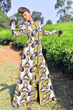 A brand new type of RWANDA CLOTHING collection in cooperation with VLISCO - the producers of most beautiful African style fabrics. By Joselyne Umutoniwase.