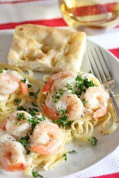 Shrimp Alfredo (just like Olive Garden's Alfredo Shrimp copycat recipe) ~ noshingwiththenolands