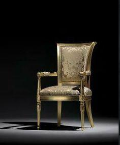 Sillón de comedor en pan de oro y tapizado en seda dorado y brocada. #muebles de #lujo  Silk golden armcharis, #luxury #furniture