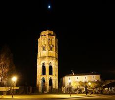 Tour Charlemagne - tour lanterne, centre de l'abbaye Saint Sauveur