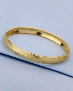We have a wide range of traditional, modern and handmade Kada Mens Kada Online Mens Gold Bracelets, Mens Gold Jewelry, Silver Jewelry, Stone Jewelry, Gold Bangles Design, Gold Jewellery Design, Gold Chains For Men, Bracelet Designs, Modern