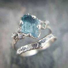 RAW Uncut aigue marine diamant or bague de par byAngeline sur Etsy
