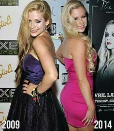This is a picture of Avril lavigne in 2009 and 2014 that proves she did not die in 2012. (She the same as avril is 2002 to 2016)