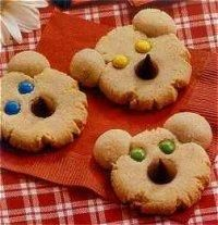 """Beary Cute Cookies:  These cute cookies go great with our kids' """"Teddy Bear Picnic"""" theme for the night."""