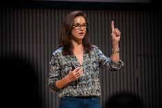 Strike a holistic balance between internal and external communications with this advice from Facebook veep (and OutCast co-founder) Caryn Marooney.