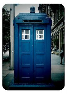 Mackenzie Trench - Mark )Police Box in Glasgow. Good Doctor, Doctor Who, Police Box, Classic Monsters, Blue Box, Cool Phone Cases, Dr Who, Tardis, Historical Photos