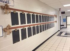 Lovely My hallway bulletin board for the year – burlap chevron ribbon, burlap ribbon, & handmade display boards and name tags. The post My hallway bulletin board for the year – burlap chevron ribbon, burlap ribbon, &… appeared first on Post Decor .