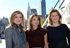 Queen Rania with Sarah Brown and Arianna Huffington. You know who the boss is!