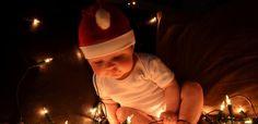 Tips en inspiratie voor sfeervolle kerstfotografie. Mooie kerstfoto's van je baby of kind voor een originele kerstkaart of als herinnering voor later.