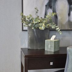 Console styling in shades of grey and green. #interiordesign #interiorstyling #sophiepatersoninteriors. Styling - shargreen tissue holder