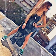 Vestido largo con tajos