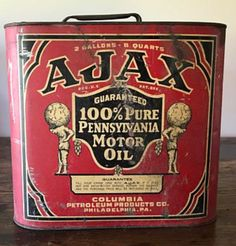 Vintage Oil Cans, Vintage Tins, Vintage Labels, Vintage Auto, Old Gas Pumps, Vintage Gas Pumps, Vintage Advertising Posters, Vintage Advertisements, Old Gas Stations