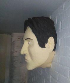 """Escultura """"Trofeo"""" de Javier Requejo http://esculturasestudionap.blogspot.com.es/"""