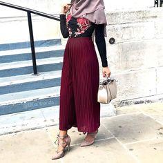 Abaya Fashion, Muslim Fashion, Modest Fashion, Fashion Outfits, Womens Fashion, Fashion Ideas, Hijab Fashionista, Beautiful Outfits, Beautiful Clothes