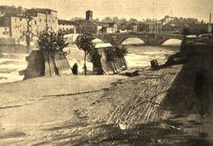 Foto storiche di Roma - Lungotevere degli Anguillara. Crollo dei muraglioni durante l'alluvione del 1900 Anno: 9 dicembre 1900