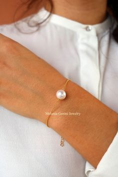 Minimal Suspended Pearl bracelet  925 by MelaniaGoriniJewelry