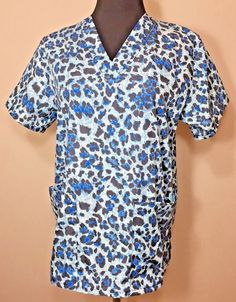Delta Scrub Top Blue XS Cheetah Print Black V-neck Animal Medical Nurse Vet…