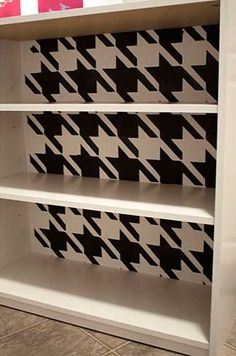 7-Houndstooth-stenciled-bookshelf.jpg