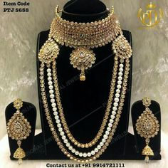 bridal sets & bridesmaid jewelry sets – a complete bridal look India Jewelry, Gold Jewelry, Jewelry Bracelets, Jewelry Accessories, Jewelry Design, Diamond Jewellery, Wedding Accessories, Delicate Jewelry, Simple Jewelry