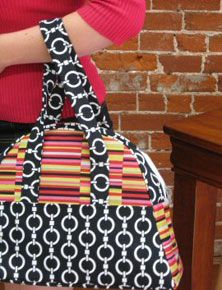 The Bowled Over Travel Bag - Free PDF Sewing Pattern by DIYStyle #sewing #handbags #DIY