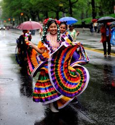 Traditional Mexican Dance Costumes | Traditional Mexican dancers & costumes | ¡SABOR! MAGAZINE