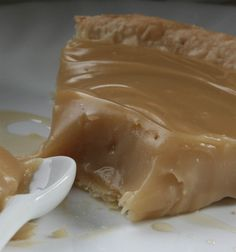 Lgende dAutomne: Tarte lrable - Whatever it is, it looks fabulous. In English - Yum. Pie Recipes, Baking Recipes, Sweet Recipes, Dessert Recipes, Recipies, Canadian Cuisine, Canadian Food, Delicious Desserts, Yummy Food