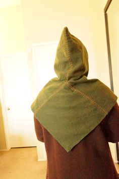 The Looking Glass and The Skeleton Key: Staying Warm at Events, Part The Hood Viking Hood, Viking Garb, Cloak Pattern, Hat Patterns To Sew, Fantasy Costumes, Warm Outfits, Free Sewing, Stay Warm, Fashion Looks