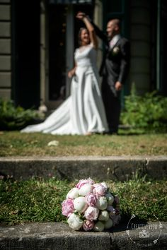 Nouvelle photo de mariage  CreativeView News - Plus de photos sur http://ift.tt/2cF6oeh