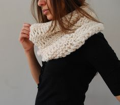 Ravelry: Drop Stitch Cowl pattern by Abi Gregorio