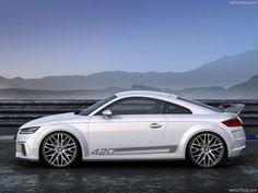 Sorpresa #Audi en el Salón del Automóvil de #Ginebra2014 !! Una versión Quattro Sport Concept del nuevo TT, con motor 2.0 TFSI que desarrolla 420 HP, logrando los 100 kms/h en 3,7 segs.