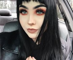 60 Gorgeous Winter Holiday Makeup looks For The Christmas And New Year - Chic Hostess New Year's Makeup, Emo Makeup, Grunge Makeup, Dark Makeup, Girls Makeup, Skin Makeup, Beauty Makeup, Grunge Hair, Natural Makeup