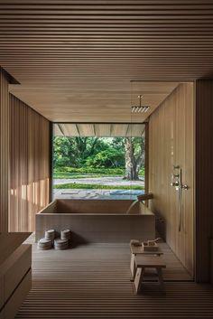 Startpagina / Twitter Japanese Style House, Japanese Interior Design, Japan Interior, House Interior Design, Japanese Bath House, Japanese Home Decor, Japanese Design, Apartment Design, Interior And Exterior